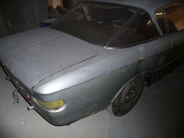fiat2300s-coupe-serie2-00062C5AEF08-17A9-78D1-6A5D-0203B96122DE.jpg