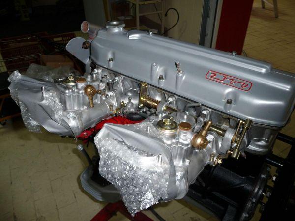 fiat2300s-coupe-serie2-0072083C688A-C23F-E805-7574-22E58A4FC625.jpg